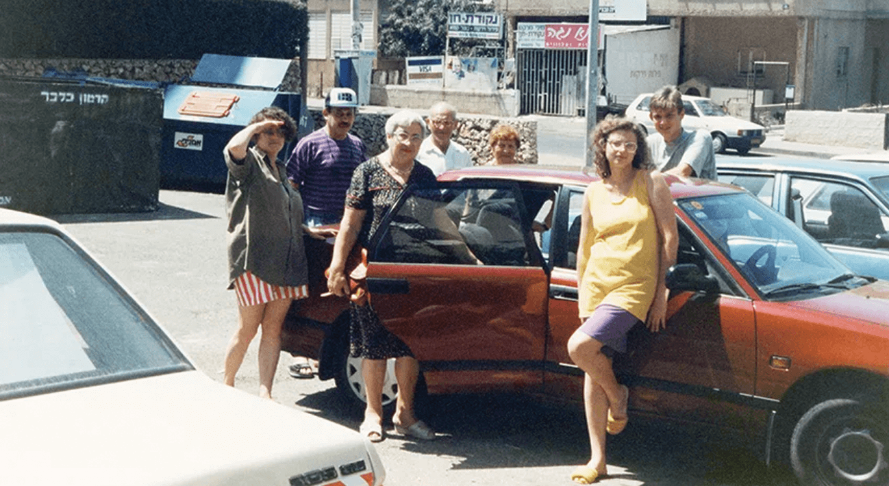 גאורגיה-אוקראינה-ניו יורק: עמית הכט בשיחה עם סאנה קראסיקוב