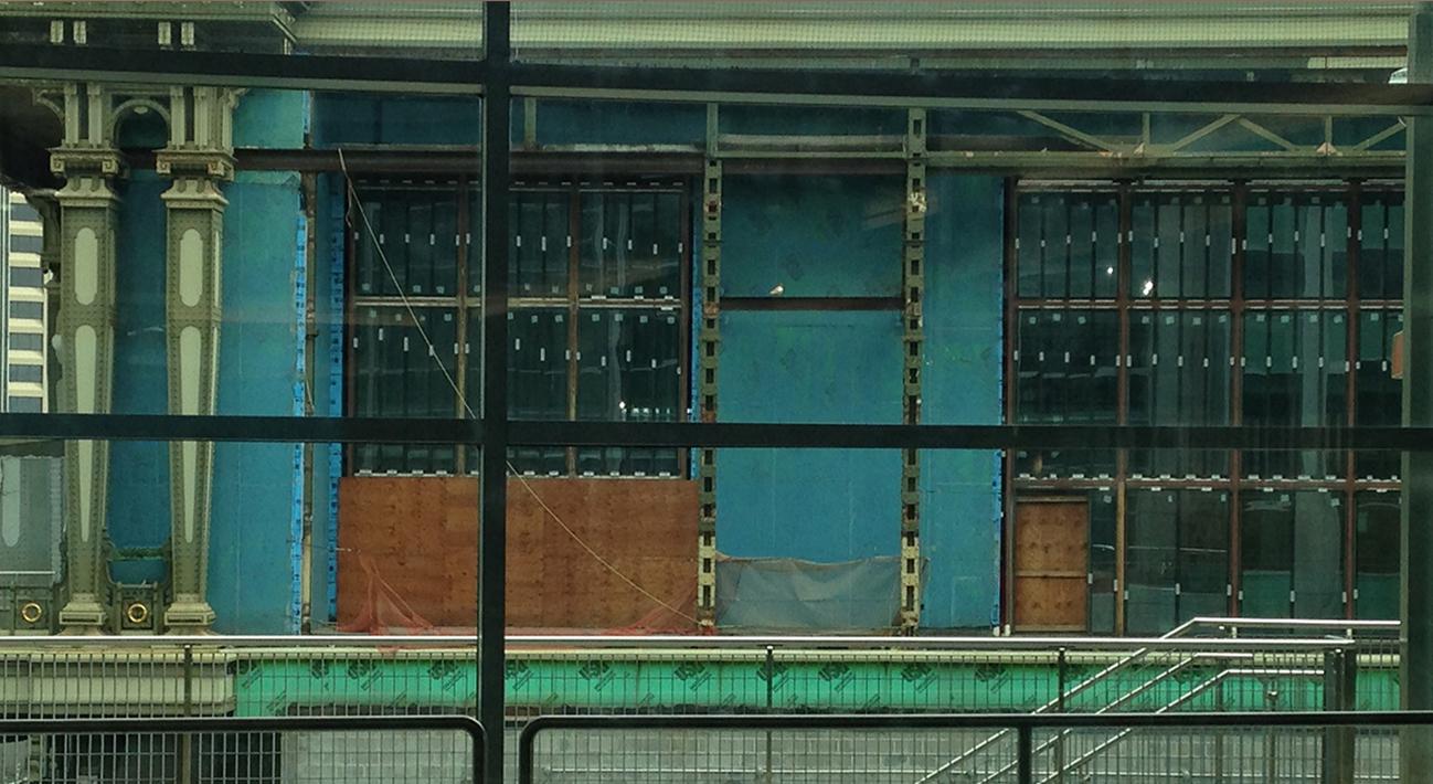 חולון-תל אביב-ניו יורק: שיחה עם צבי טריגר